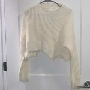 NWT Ripped hem cropped ivory sweater
